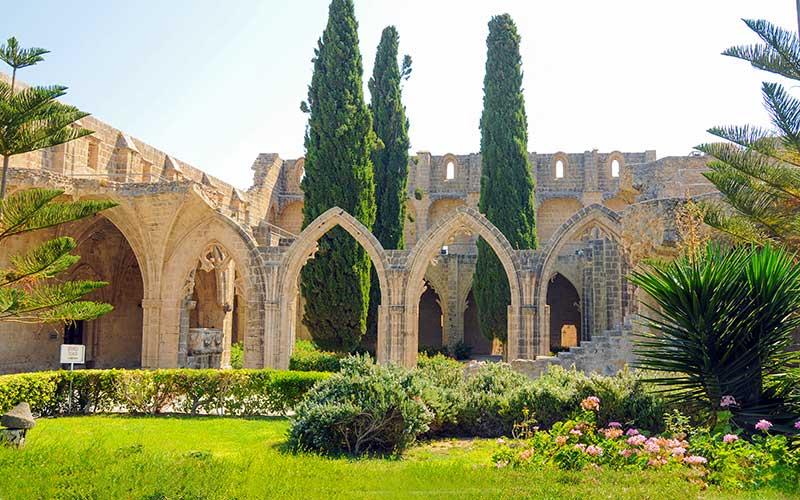 Bellapais Manastırı, Kıbrıs