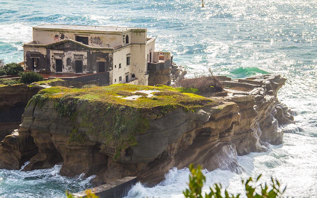 Gaiola Island, Naples