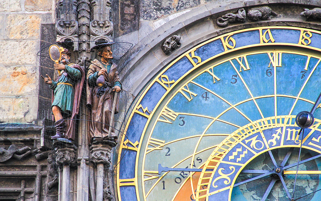 Astronomik Saat Hikayesi