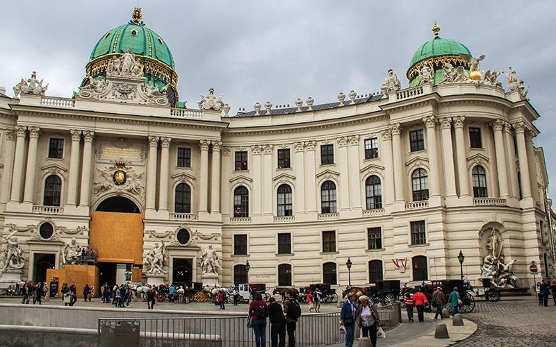 Hofburg Sarayı Viyana