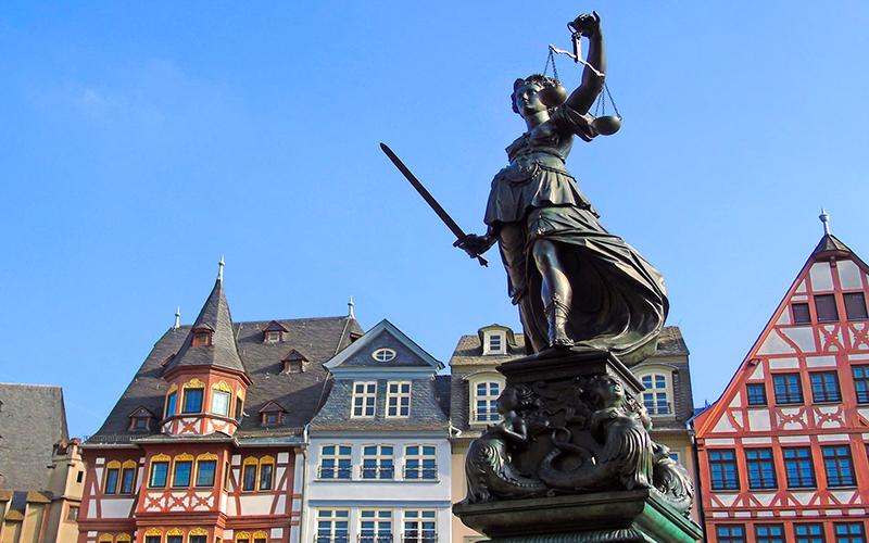 almanya rehberi frankfurt