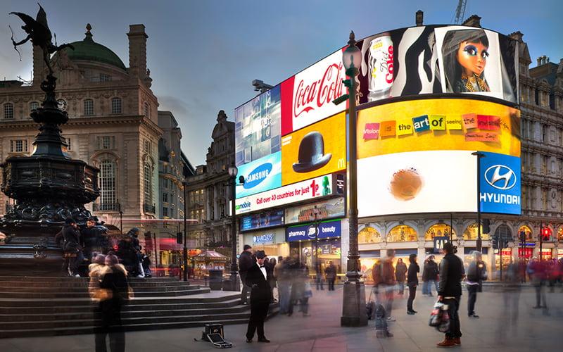 Piccadilly Meydanı