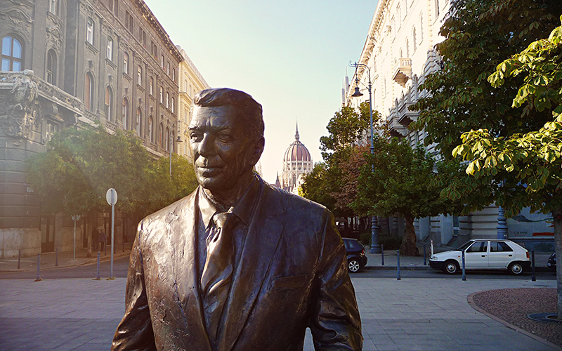 Ronald Reagan Statue Budapest